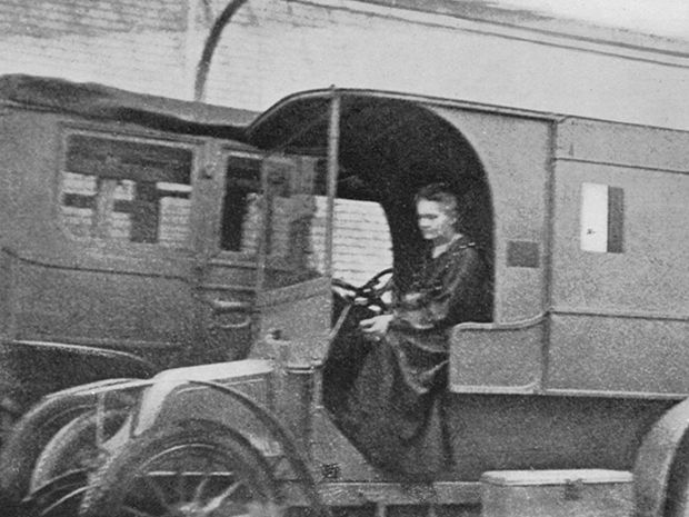 Marie Curie Invented Mobile X-Ray Units to Help Save Wounded Soldiers in World War I