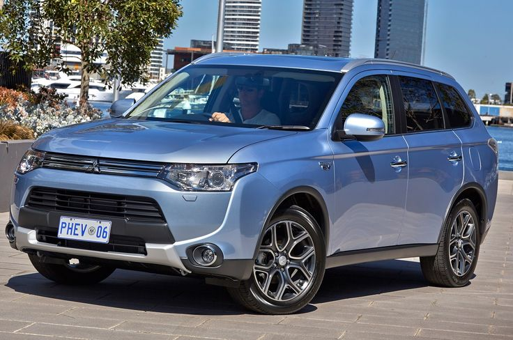 Chris Miller road tests and reviews the Mitsubishi Outlander PHEV. 2015 Mitsubishi PHEV Review. The 2015 Mitsubishi Outlander PHEV is the first affordable