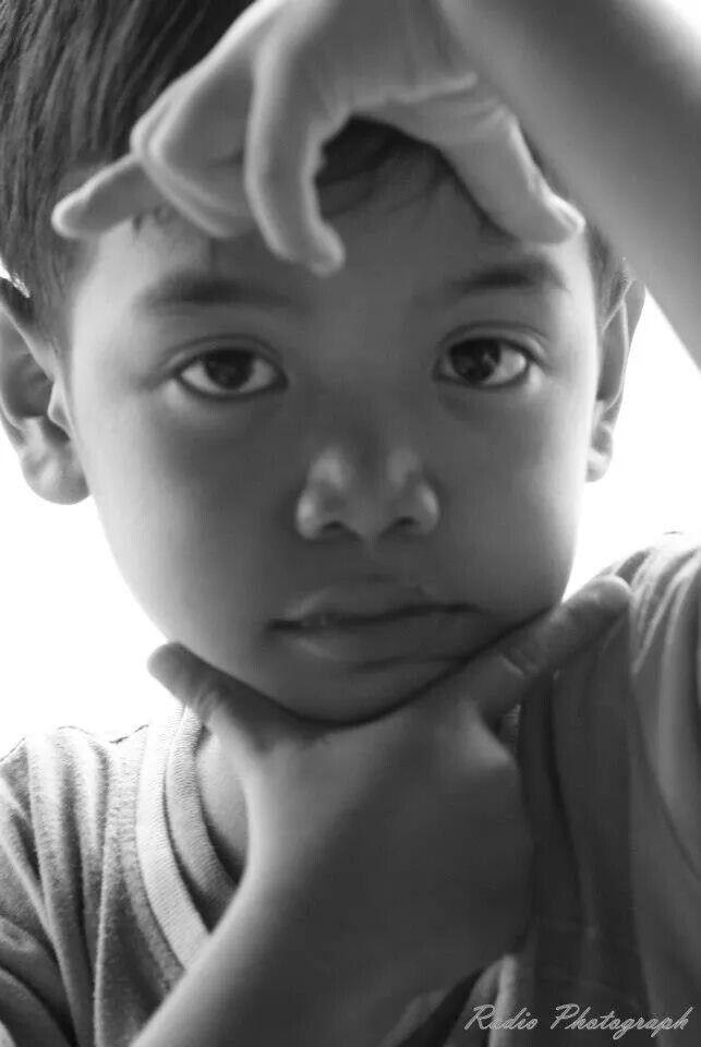 Fadil #photography#popotoan#hitamputih#kidsphotography#ebotphotography