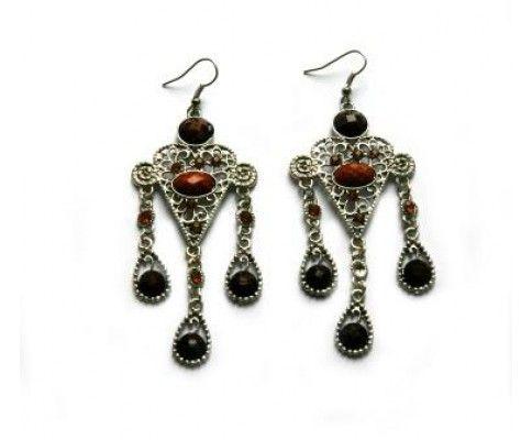 Vintage náušnice padavé. Vintage brown earrings. #womanology #jewelry #accessories #vintageearrings #chandelierearrings