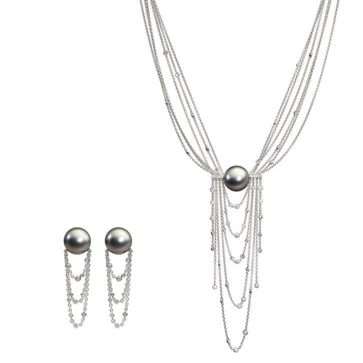 SCHOEFFEL   Tahiti cultured pearls interact perfectly with cascading chains of 18-carat white gold interwoven with diamonds. Available as a necklace and earrings   {ʝυℓιє'ѕ đιåмσиđѕ&ρєåɾℓѕ}