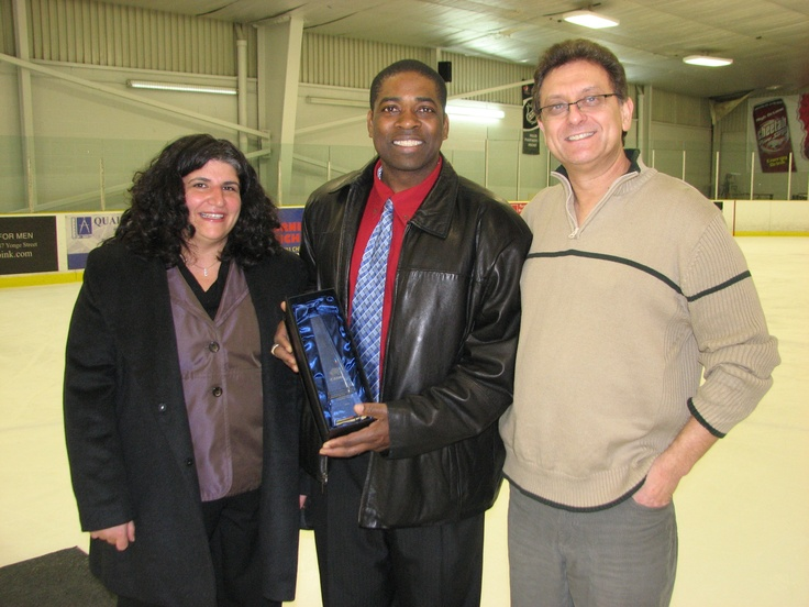 Noel Morgan, General Manager of the Nubian Kings, is honoured with the 2010 Peter Zezel Award.