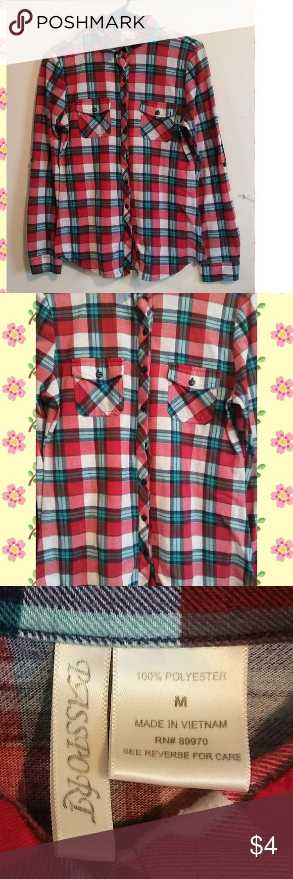 Plaid flannel Size S-M  *Same/next day ship!! 📦 *Bundles save money!! 💸 *Discounts on every bundle purchase!!🎉 *Free gifts with $5+ purchases!! 🎁 *Measurements upon request!!  *I recycle packages so if you would like fancy packaging let me know & I'll try to walk to the store to buy some!! ♻️ Passport Tops Button Down Shirts
