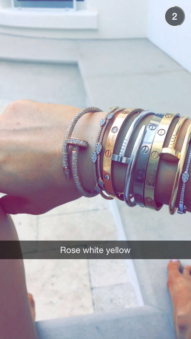 Kylie jenner arm candy, cartier