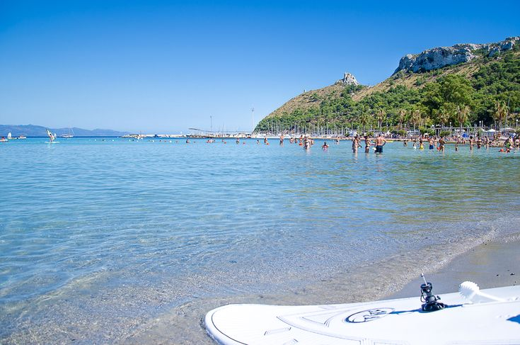 Summer has come and the Poetto shore is waiting for you!