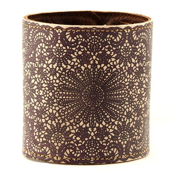 Hey, I found this really awesome Etsy listing at http://www.etsy.com/listing/129946403/leather-cuff-wallet-wristband-lace