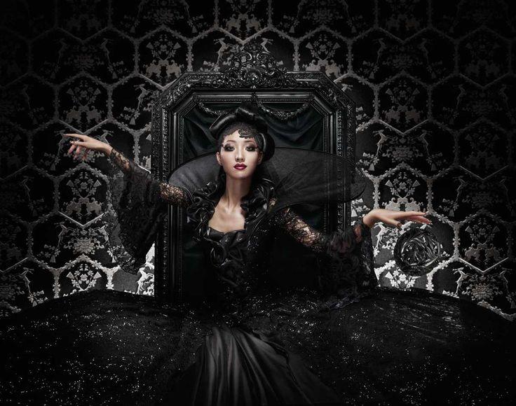 Black Queen - Marcel Wanders - pictures, photography, photo art online at LUMAS