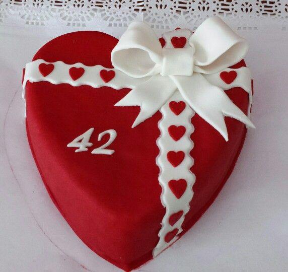 Tarta romántica para celebrar su 42 Aniversario! Enhorabuena pareja!!
