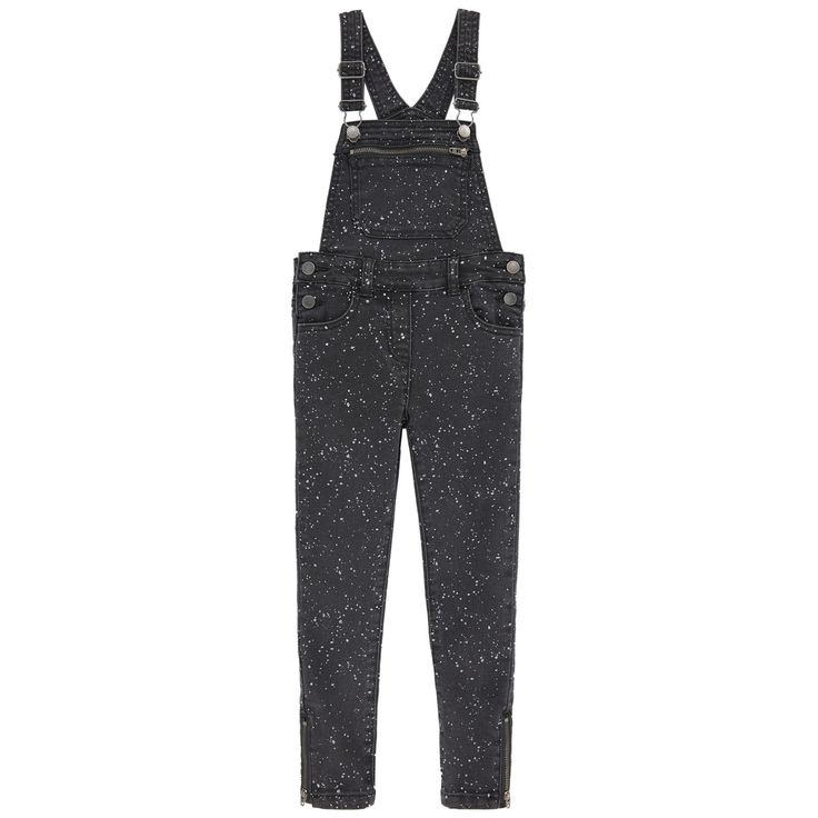 Cotton denim Stretch denim Comfortable item Long cut Very tight legs Front bib Wide straps that hold in place on the shoulders Five pockets Clip straps Buttons on the sides Zip ankle trims Mottled effect Logo patch at the back - $ 92.40