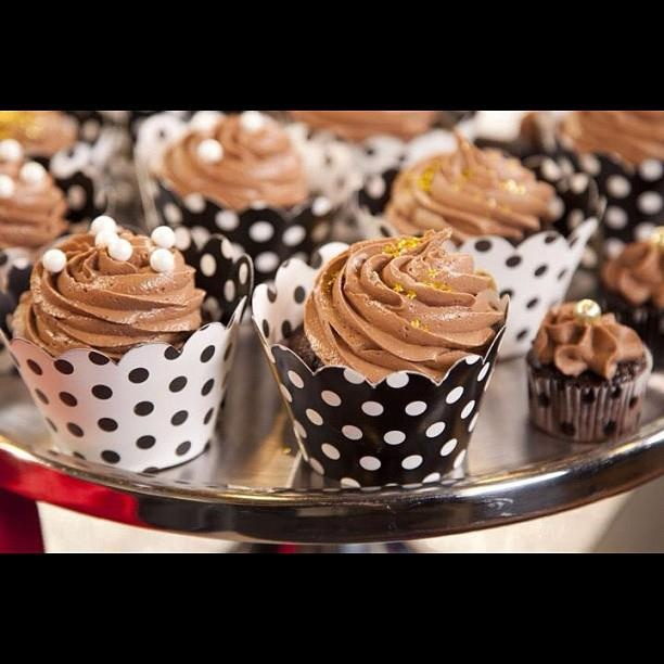 Chocolate Chambord Frangelico Cupcakes with Nutella Frangelico Butter ...