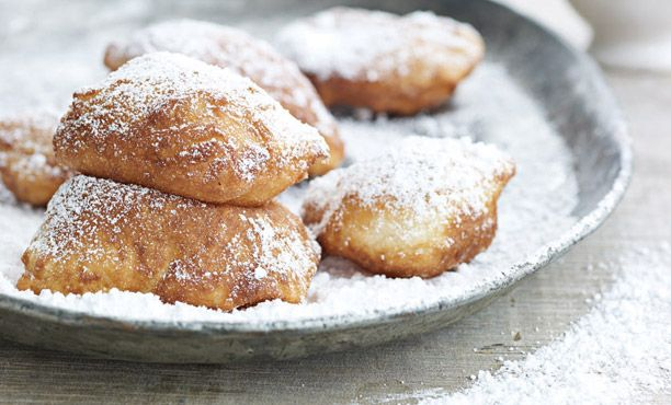 Who doesn't love Beignets!  I tried Paula's Deen recipe and came out perfect.  It was light and crispy!! It's everything you want in a carb filled treat!!!