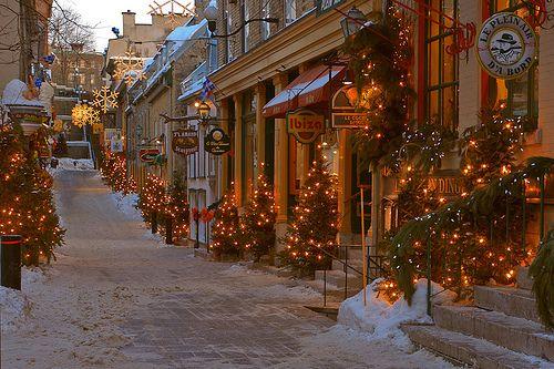 Rue de Petit Champlain, Old Quebec by James Knox, via Flickr - Ville de Québec, Québec, Canada