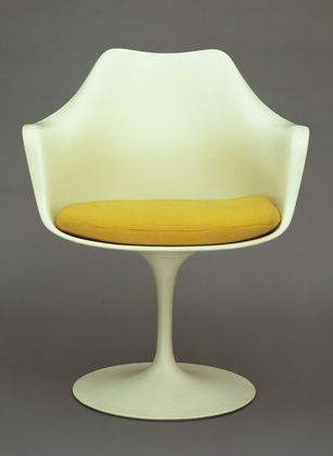Tulip Armchair (model 150)  Eero Saarinen--1955-56