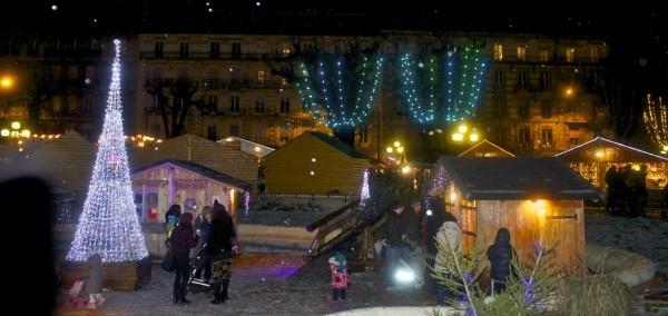 Marché de Noël (Christmas market) in Grenoble, France
