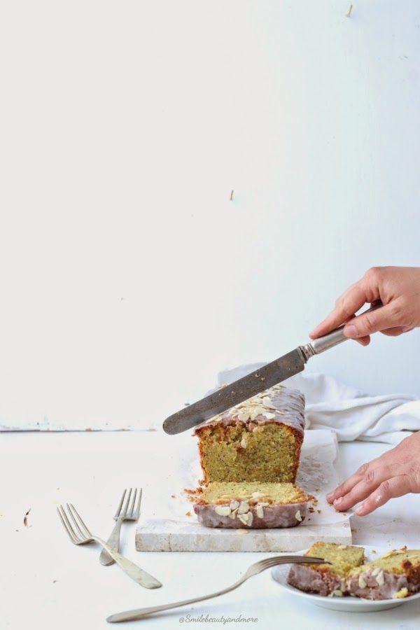zucchini lemon cake //