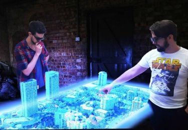 Euclideon, dünyanın ilk çok kullanıcılı 3D hologram masasını geliştirdi.