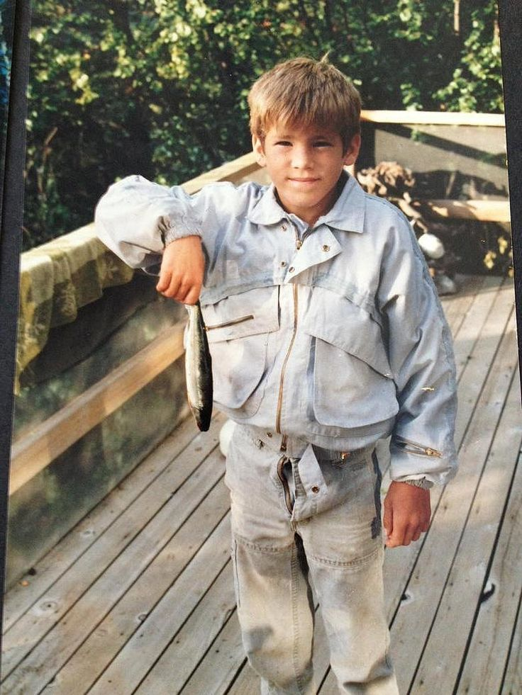 How cute was Ryan Reynolds as a child?! The actor posted the most adorable throwback picture.