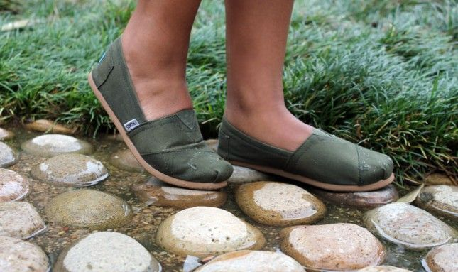 How to Waterproof Your Shoes ~ use beeswax as shown here, or, easiest of all,  use spray silicone, which is the common method for waterproofing army boots. You can get a huge can of it inexpensively at most military surplus stores or a hunting equipment store.