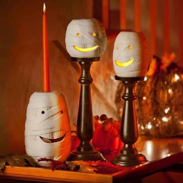 Halloween Decorations on Pinterest  Halloween skeletons, Halloween ...