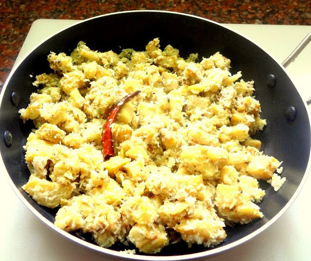 Green plantain curry (Vazhzkai Poduthuval)