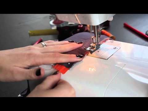 TUTO DIY - La trousse Liberty - YouTube