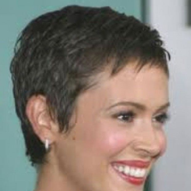 Short Hairstyle After Chemo In 2020 Short Cropped Hair Crop Hair Super Short Hair