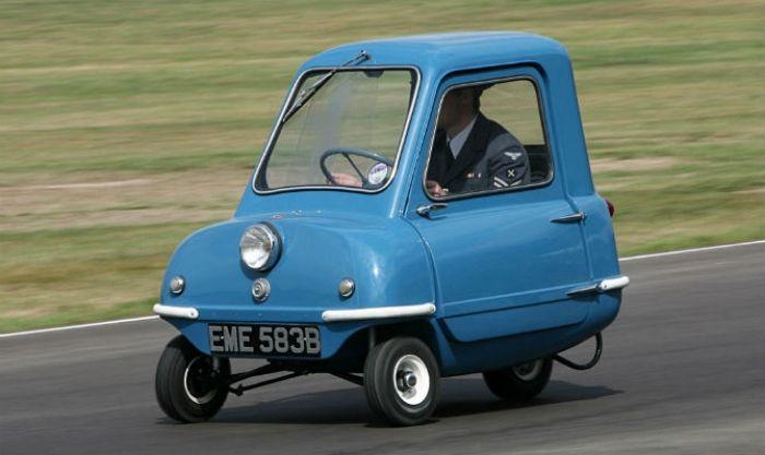 O Jornal do Carro separou os dez menores carros à venda no mundo. Peel P50