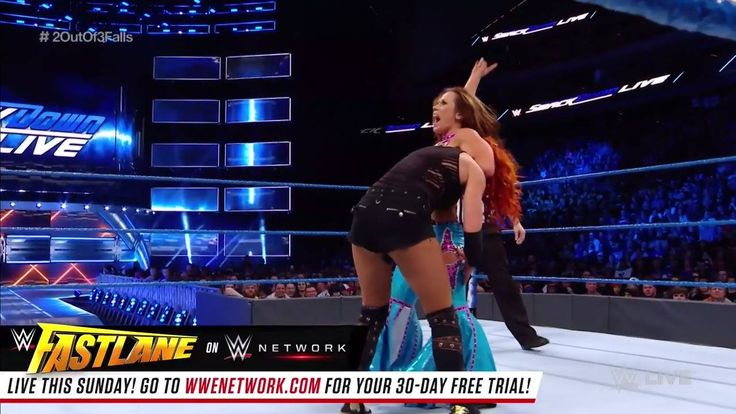 Mickie James and Becky Lynch are giving EVERYTHING they have, as they look to settle the score in a  2-out-of-3 Falls Match on WWE SmackDown Live!