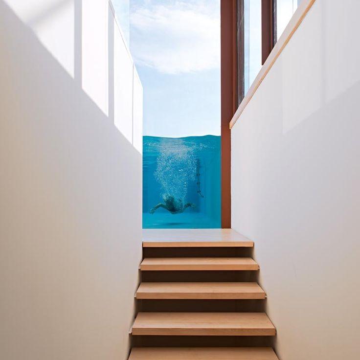 La piscine vue de l'intérieur - Corinne Vezzoni, maison en Corse