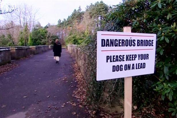 Sudah seabad misteri mengerikan menghantui misteri Jembatan Overtoun, di Milton, Skotlandia. Yang telah mengklaim hampir 50 kematian anjing dengan sekitar 600 anjing dilaporkan secara misterius melompat dari jembatan.
