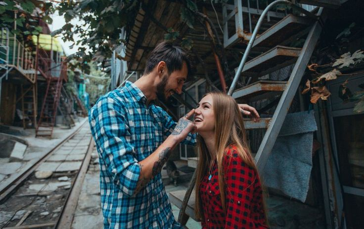 Women Secretly Find These 40 Things Irresistible In...
