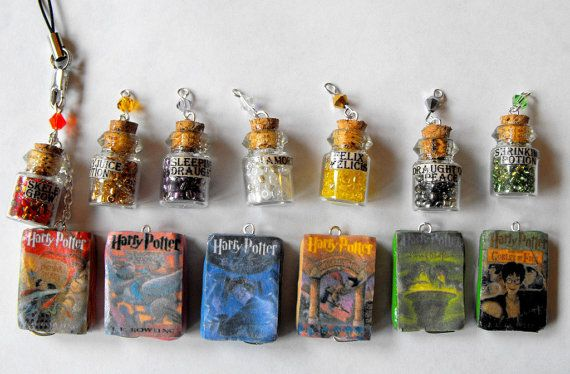 Totally need one! Handmade Harry Potter potion cellphone charm