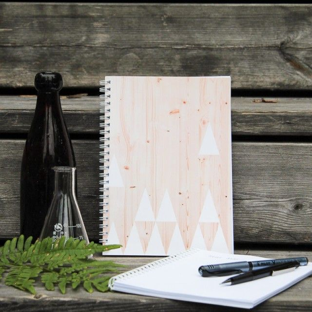 Notebook set of 2 Triangle, wood - #nordicdesigncollective #notebooks #book #note #notebook #pencil #pen #draw #write #text #luckymestudios #triangle #wood