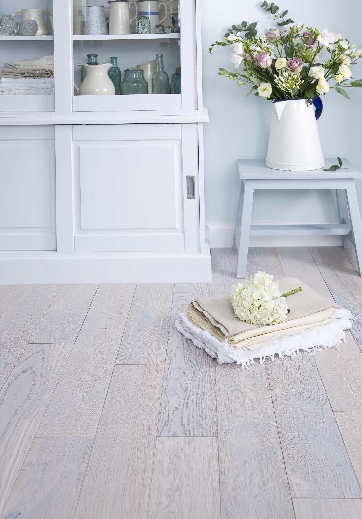 City Solid European Pearl Oak 135mm Brush Matt Lacquer Flooring £28