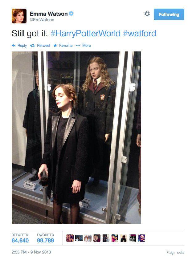 Pin for Later: Emma Watson verzaubert uns auch in der Realität Klar - sie wird immer ein Stück Hermione mit sich tragen.