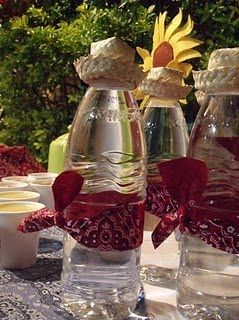 These water bottles are so cute, I might just have to do a western party!