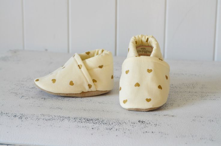 Gold and Cream hearts baby shoes by TheWeeLittlePiggies