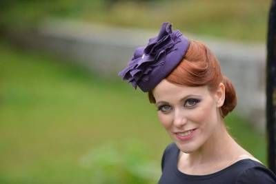 Fascinators and hatinators are a must for every chic garden party! It doesn't have to be a royal one in order for you to feel royal! #handmade #fascinators #hatinators #millinery #fashion #designer #houseofnitasao