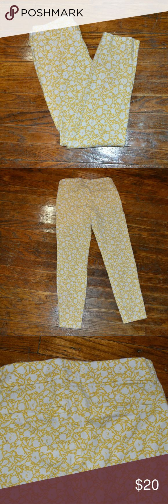 Old Navy Pixie Pants size 0 Old name The Pixie Size 0 Old Navy Jeans Skinny
