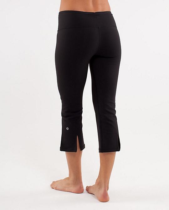 Lulu Lemon Gather & Crow Crop: Lululemon Closet, Lose Weight, Lulus Workout, Barre Lululemon, Lululemon Yoga Pants, Lululemon Athletica, 32241 Lululemon, Workout Pants, Crop Lululemon
