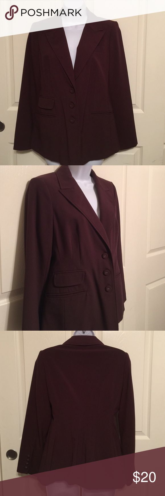 Brown woman's blazer size 6 ladies pre-owned Pre-owned woman's ladies brown blazer size 6.  Check out my other items, we have a lot of collectible, antiques, vintage, fashion jewelry, women's clothing, handbags, shoes, home decors, kitchen & more that you might be interested.  Let me know if you have any questions. Thank you & Have a Great Day!!! FREE GIFT with every purchase!!! Jackets & Coats Blazers