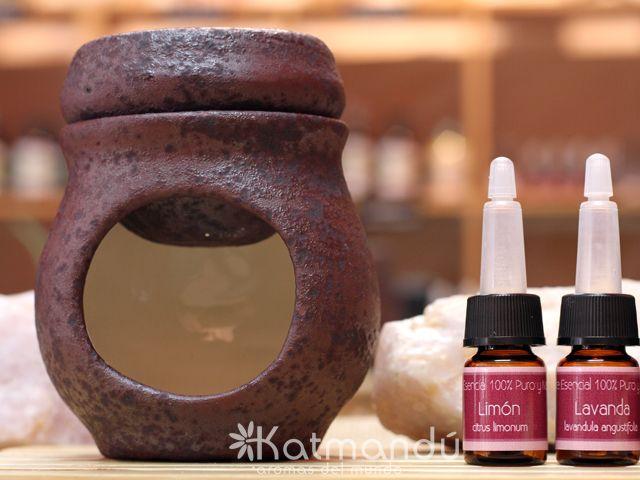 Difusor de aceites esenciales de cerámica, pintado a mano.