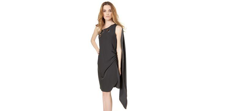 Assymetric grey dress with embroidery detail. Lookbook Otoño / Invierno 2013 Lio de Faldas