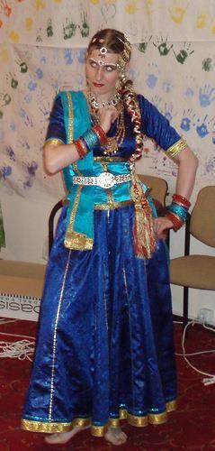 Индийские костюмы наложенным платежом