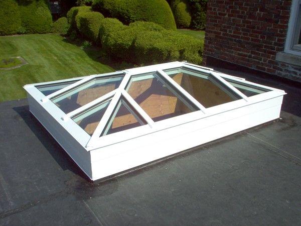Low profile aluminum hip skylight