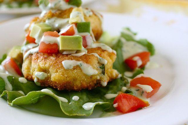 ... corn cakes with tomato avocado relish: Recipes Dinners, Tomatoes Avocado, Avocado Recipes, Annie Eating, Avocado Salsa, Avocado Relish, Dinners Food, Corn Cakes, Recipes Cooking