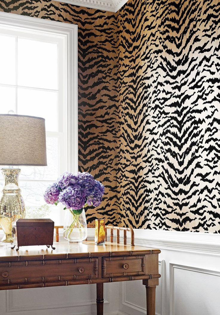 Best 25 leopard print wallpaper ideas on pinterest for Fur wallpaper room