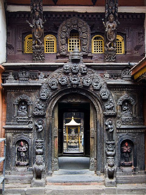 Entrance to Golden Temple, Patan