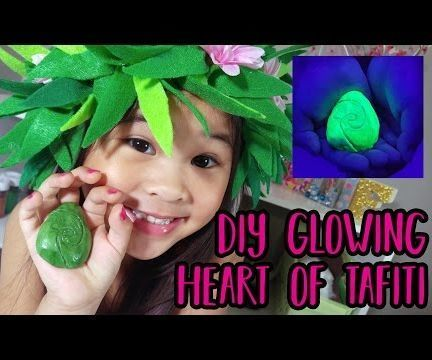 DIY Glowing Heart of Tafiti From Moana