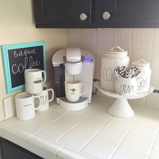 Instagram user jellypartyof5 gives her kitchen a new look with a Keurig brewer. We're loving her Keurig coffee corner! Get yourself a Keurig brewer to enjoy a cup of coffee, tea, hot cocoa, or iced beverage at the touch of a button.